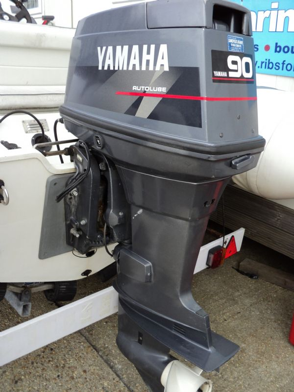 avon 545 with yamaha 90 - engine_l