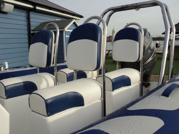 avon 560 with yamaha 100 - jockey seats_l