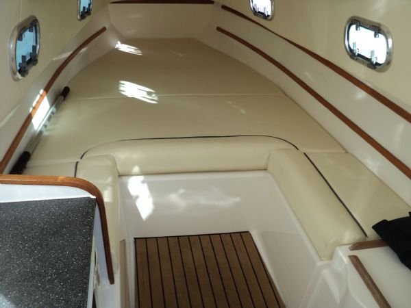 ribtec 9.2 grand tourer rib with twin 275hp - berth_l