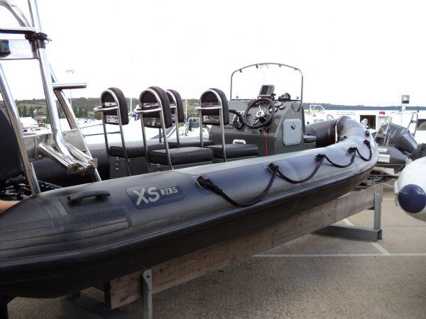 xs-rib 6 mtr with mercury 150 - rear_l