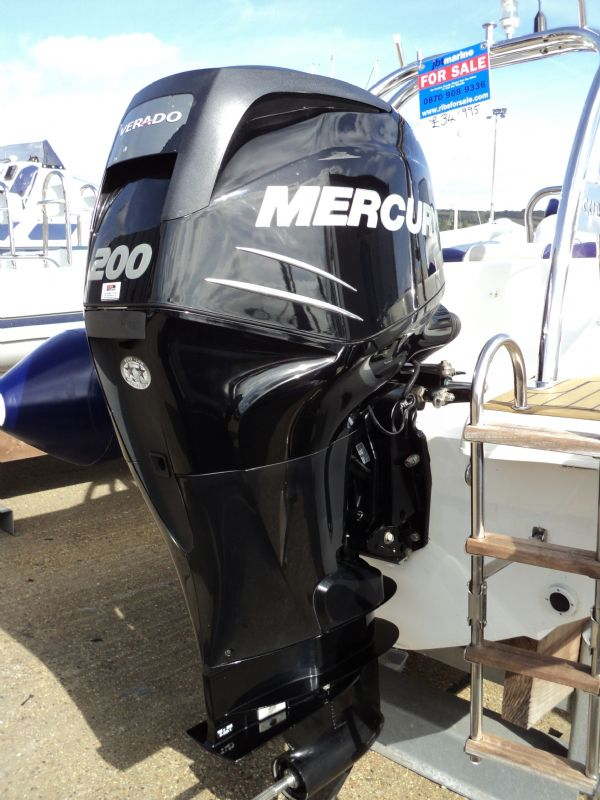 cobra 6.6 with mercury 200 - engine_l