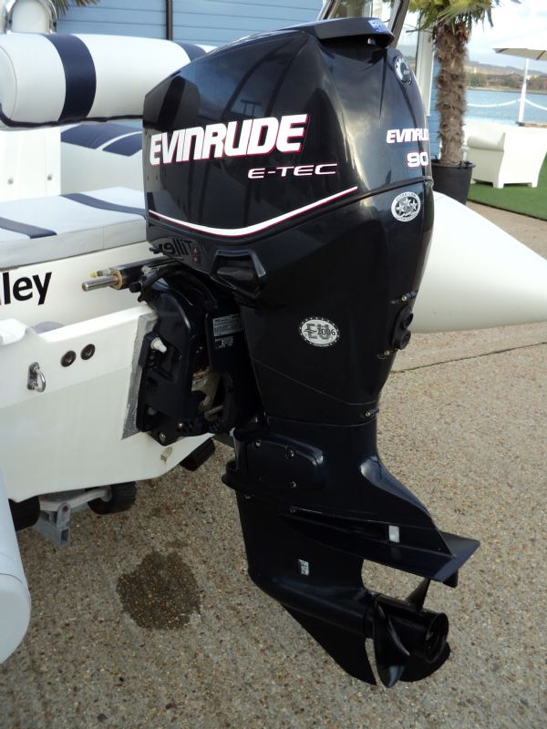 ballistic 5.5 with evinrude 90 - outboard_l