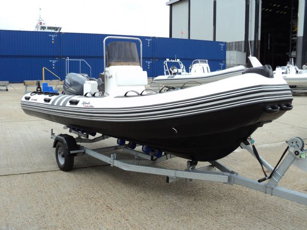3d tender x-pro 535 defender rib with yamaha 40hp - front_l