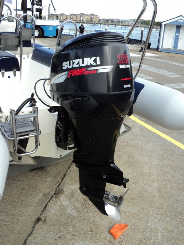 5 - rib x 750 with suzuki 225 - outboard_l