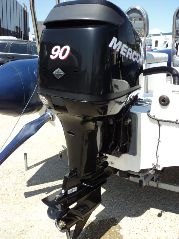 5 - xs ribs 550 with mercury 90hp optimax - engine_l
