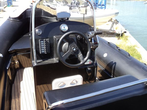 3 - azure 700 with mercury 150 - helm position_l