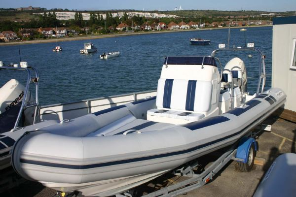 ballistic-6.5m-rib-with-evinrude-etec-175hp-outboard-l - thumbnail.jpg