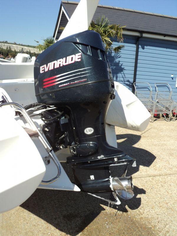 brig 600 with evinrude 150 - engine 1_l