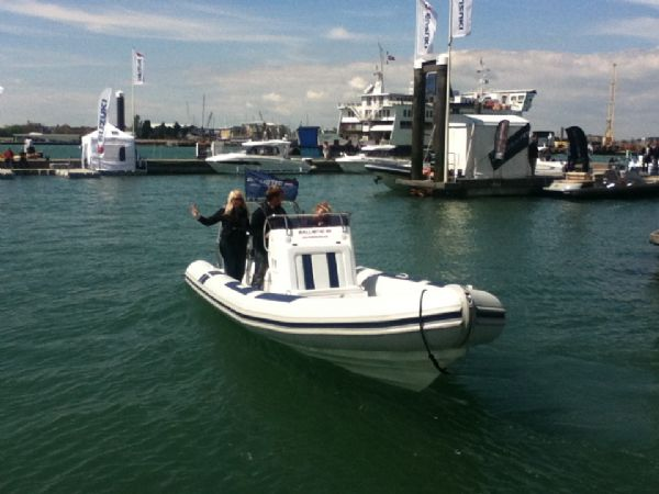 ballistic 7.8 twin rig rib with twin evinrude e-tec 175hp outboard engines - bow 4_l