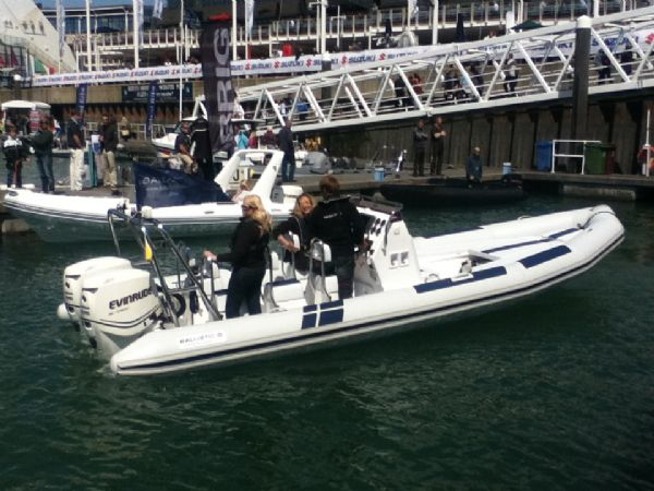ballistic 7.8 twin rig rib with twin evinrude e-tec 175hp outboard engines - side profile on the water 2_l