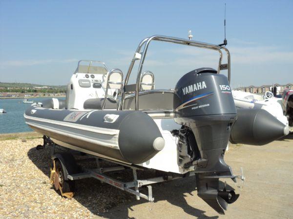 rib-x 650 rib with yamaha 150hp outboard engine - transom looking forwards 1_l