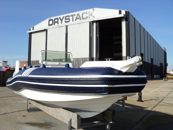 marline 22 rib with mercruiser inboard diesel engine - bow profile and drystack 2_l