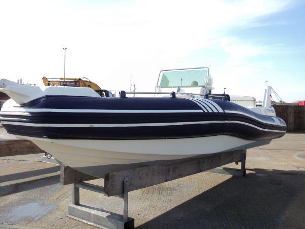 marline 22 rib with mercruiser inboard diesel engine - starboard profile 11_l