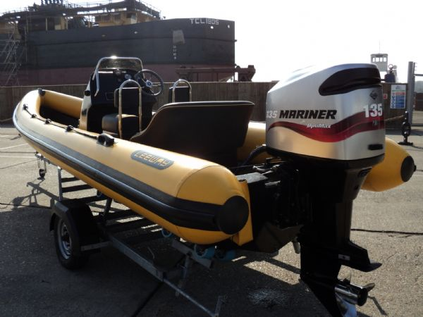 6.3m leeway rib with mariner optimax 135hp outboard engine transom and engine 2_l