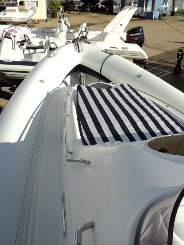ribtec 9.2 grand tourer rib with twin 275hp - post side_l