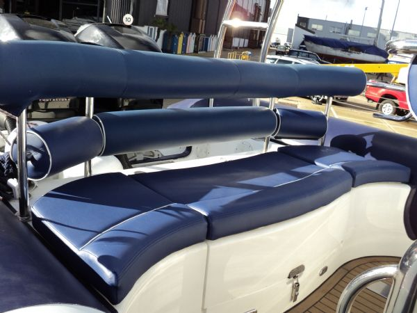 ribtec 9.2 grand tourer rib with twin 275hp - rear bench seat_l