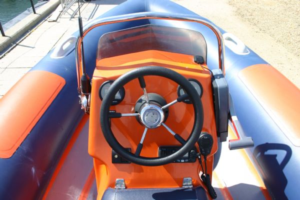 steering on console of ribtec 535 rib 7_l