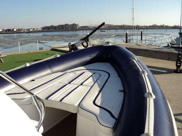 Cobra RIB 7 55m with Yamaha F250HP Outboard Engine - Ribs