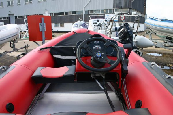 Zodiac Futura 3 8m Mark 2 with Tohatsu 40HP Outboard Engine