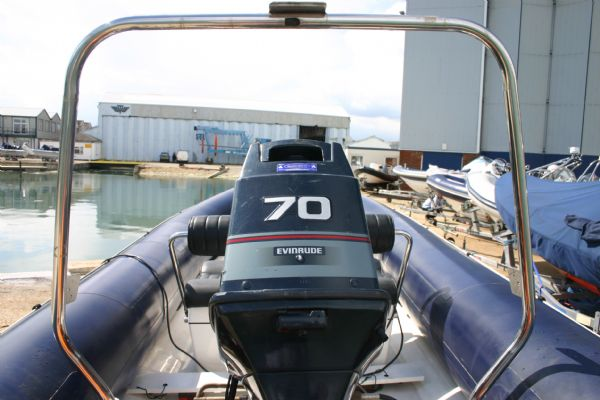 a-frame and evinrude 70hp engine for ribtec 535 rib_l