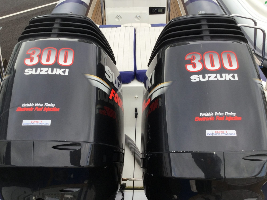 SOLD - Used Cobra 9 5 RIB with twin Suzuki DF300 Outboard
