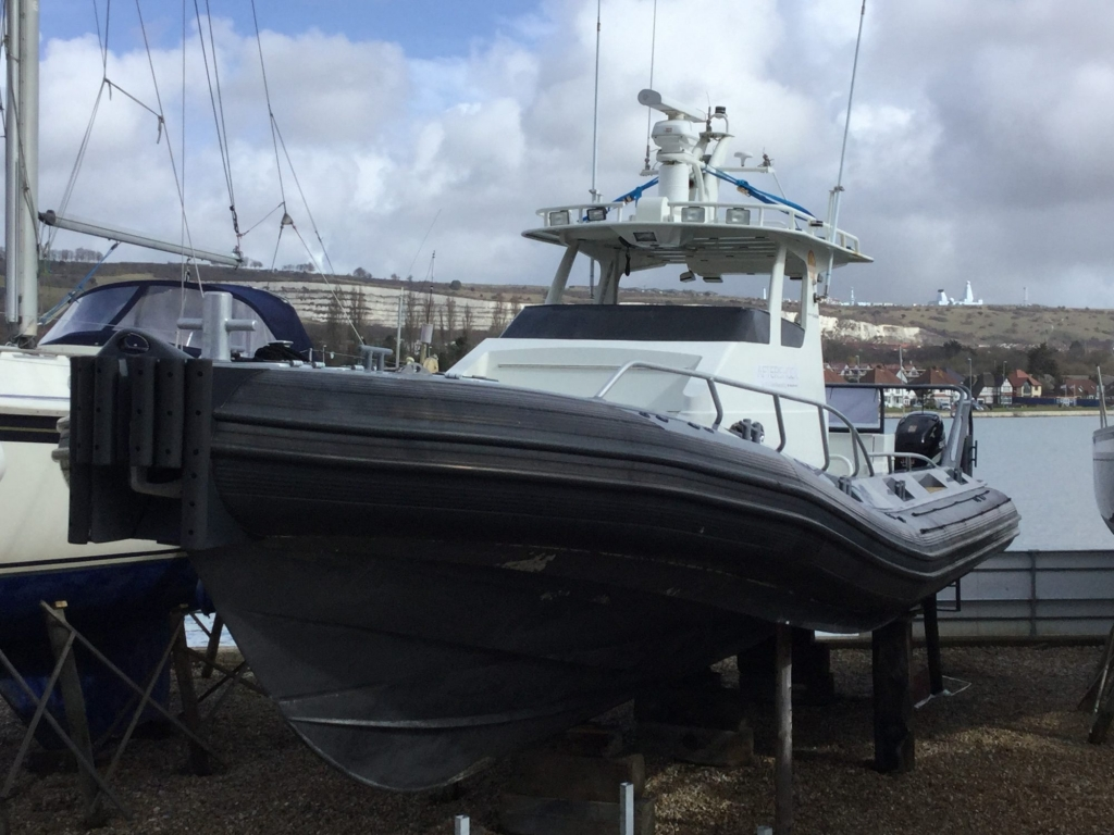 SOLD ** Used Gobal Marine design Air Rider 12 6 m RIB with