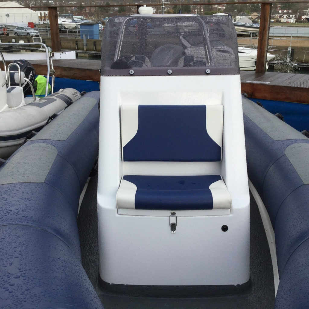 Stock - 1548 - XS600 RIB with Mariner 115hp engine and trailer - Consoile seat