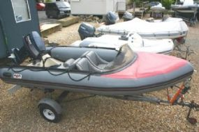 Click to see Avon Searider Delux 4.0m RIB with Yamaha 50HP Engine