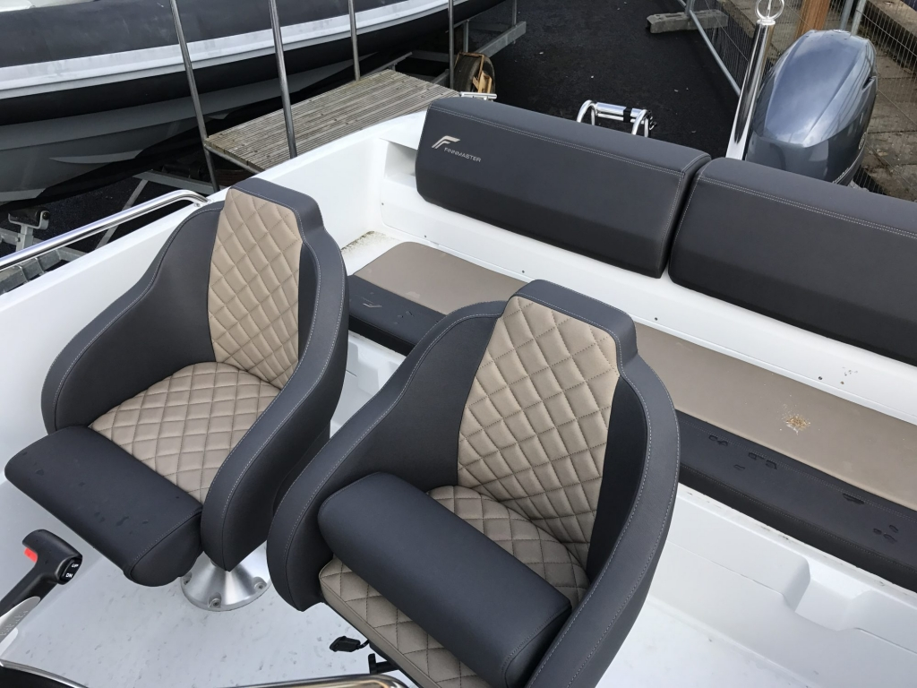 Stock - 1460 - Finnmaster 55 SC Day Boat with Yamaha F70HP Outboard Engine - rotating helm seats
