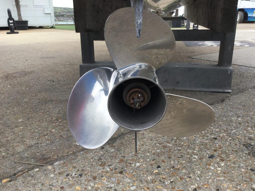 Brokerage - 1433 - Finnmaster P7 Weekend with Yamaha F150 engine - Propeller