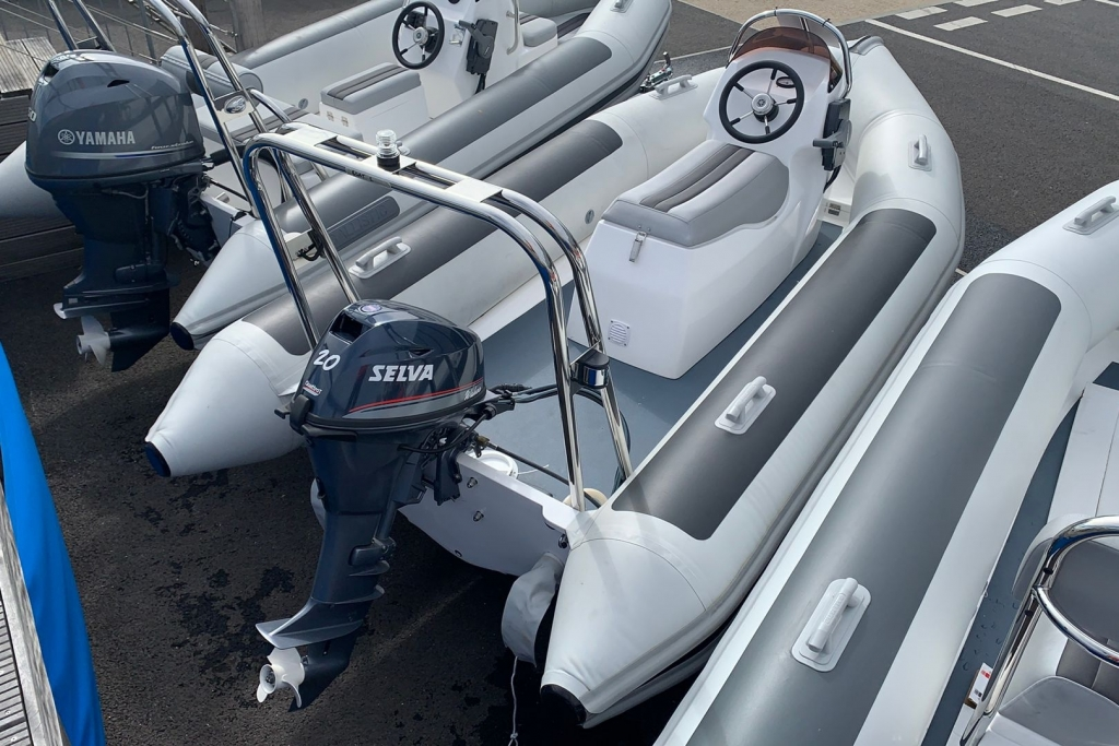 1455 - Stock - Ballistic 4.3 RIB with Selva 20 engine - Aft Starboard.jpg