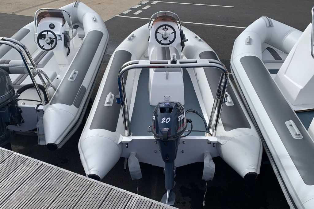 1455 - Stock - Ballistic 4.3 RIB with Selva 20 engine - Aft.jpg