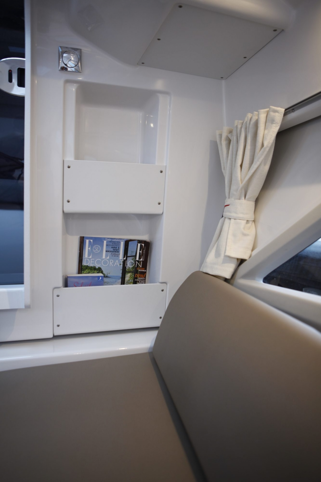Finnmaster T7 with Yamaha Outboard - Bench seats and storage