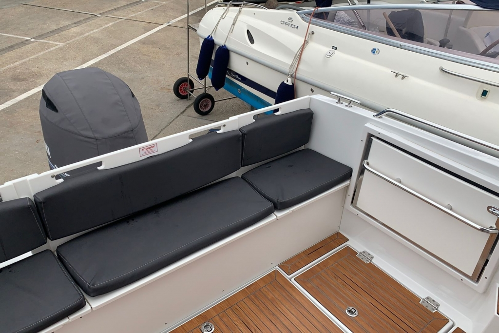 1676 - BROKERAGE- FINNMASTER PILOT 7 WITH YAMAHA F150 ENGINE_7.jpg