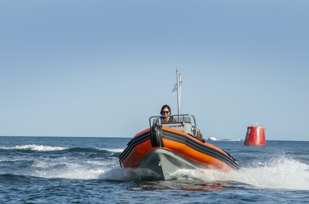 Ballistic 5.5 RIB Launch with Yamaha FT60 engine - On water 16 (Large).jpg