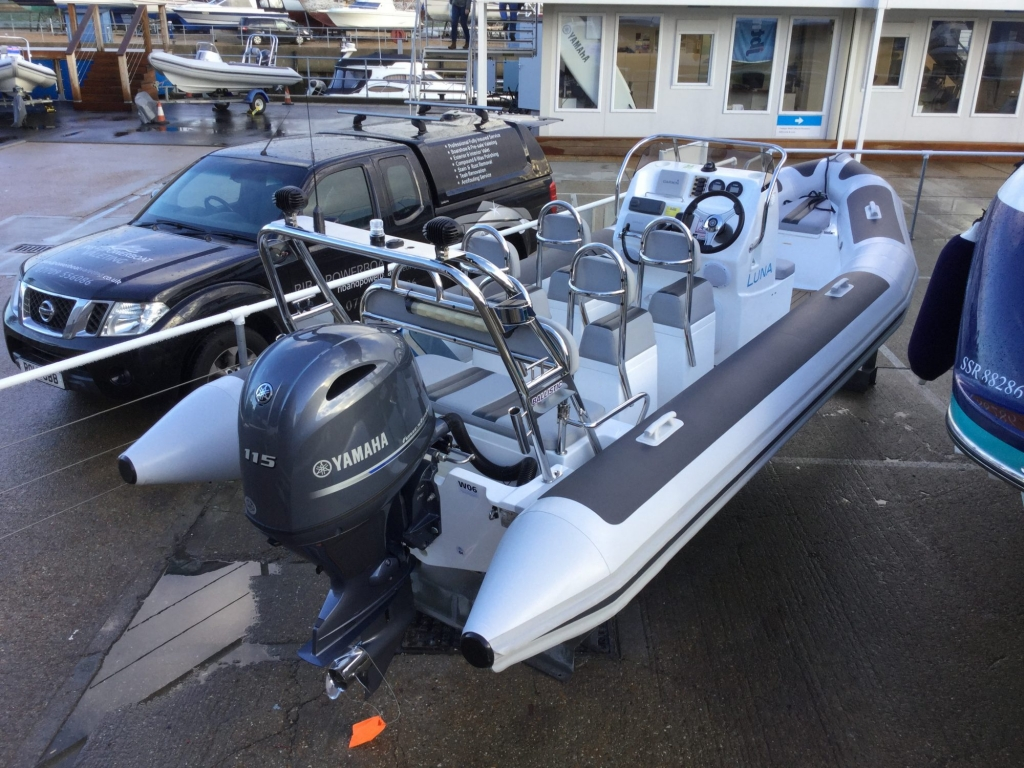 Brokerage - BCT - Ballistic 6m RIB with Yamaha F115BET engine - Aft Stb Qtr 3