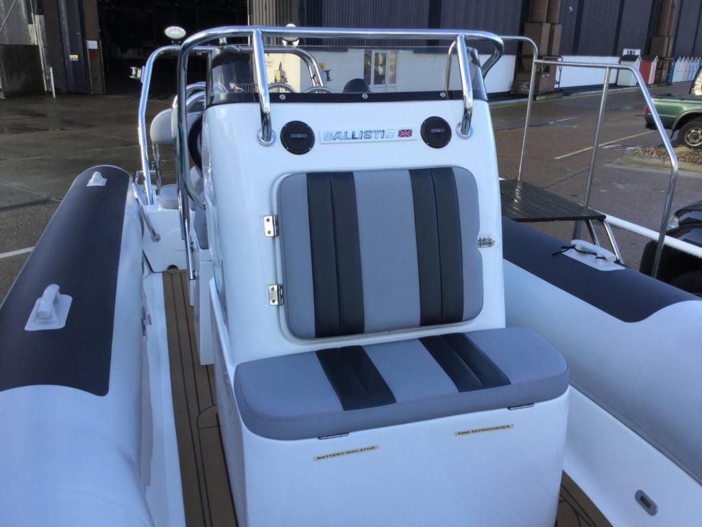 Brokerage - BCT - Ballistic 6m RIB with Yamaha F115BET engine - Console seat