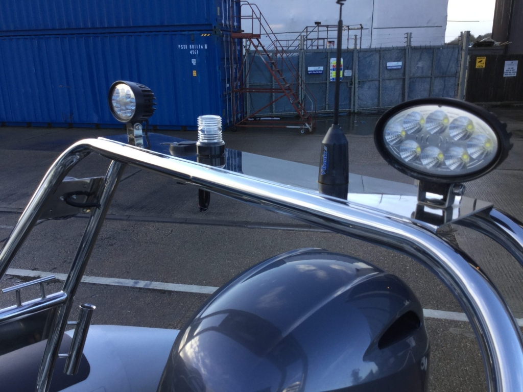 Brokerage - BCT - Ballistic 6m RIB with Yamaha F115BET engine - Driving lamps