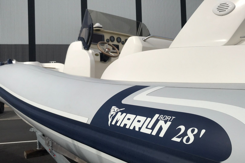 #1695 MARLIN 28 WITH TWIN SUZUKI DF250HP ENGINES_2.jpg