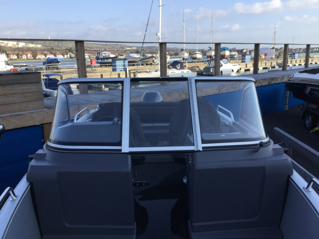 Stock - 1532 - Buster XL Boat with Yamaha F100 engine - Windscreen