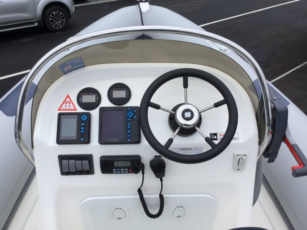 Brokerage - 1552 - Ribeye A600 with Yamaha F115BET engine and trailer - Helm