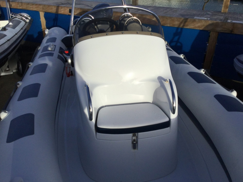 Stock - 1546 - Ribeye A600 RIB with Yamaha F115A engine and trailer - Console Seat