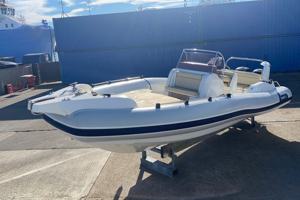 New & Second Hand RIBs & Engines for sale - 2008 Marlin 28 Suzuki DF250
