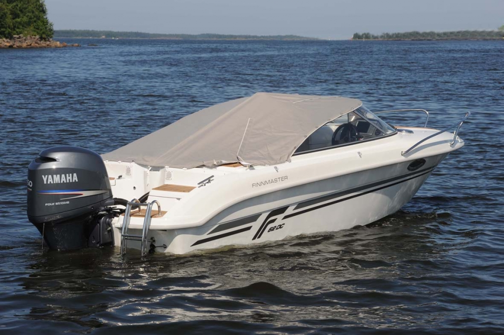 Finnmaster 62 Day Cruiser with Yamaha Outboard Engine - Boat cover