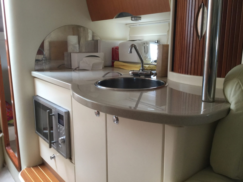 Brokerage - 1495 - Sessa Oyster 30 with Twin Volvo Diesel engines - Galley