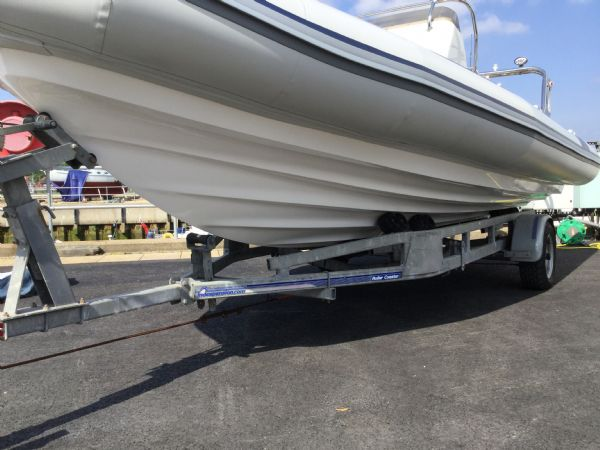 stock - 1323 - ballistic 6.5 (wigan) with evinrude 150hp outboard - hull_l