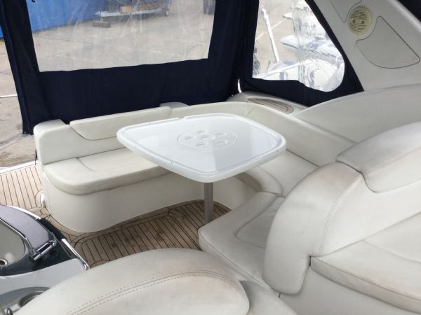 brokerage - 1495 - sessa oyster 30 with twin volvo diesel engines - cokpit dining 2_l