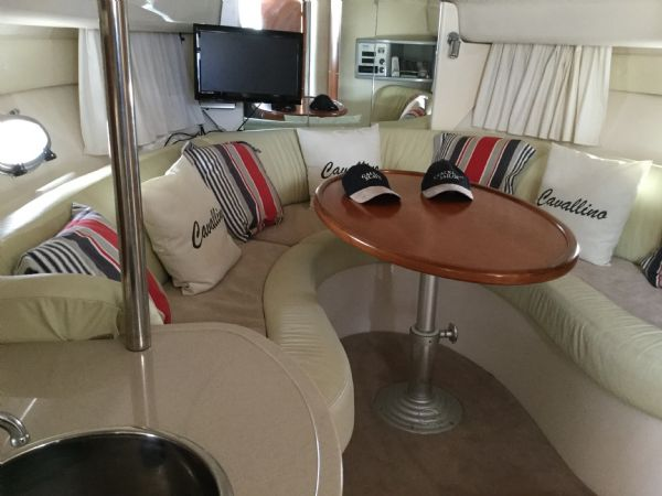 brokerage - 1495 - sessa oyster 30 with twin volvo diesel engines - saloon_l