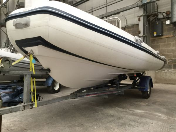 1485 - wetline 480 rib with mariner f50hp engine and trailer - hull and trailer_l