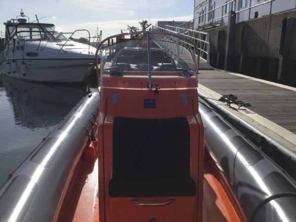 1486 - brokerage - shearwater cutter 6.8 rib with mercury 150 engine - console_l